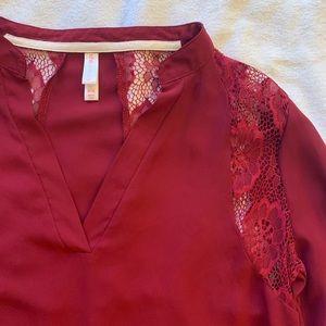 XHILARATION V-neck roll tab blouse w/ lace detail